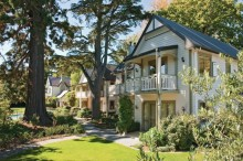 Luxury accommodation in Christchurch - Huntley Lodge